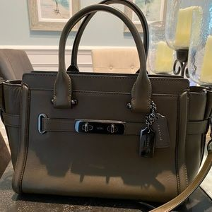Authentic Coach Leather Shoulder Bag Olive Color